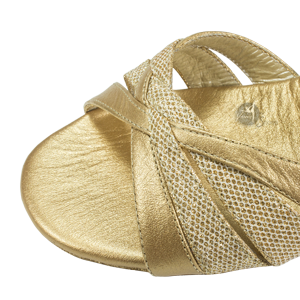 Ref 260 in skin beige and shiny leather. Vibranto Shoes