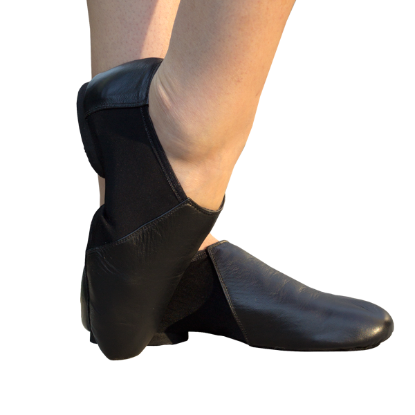 Jazz Shoes Ref 801 in black leather.